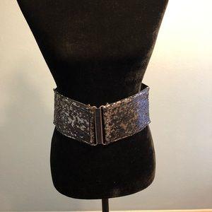 Accessories - Black & Silver Stretch 2X Belt